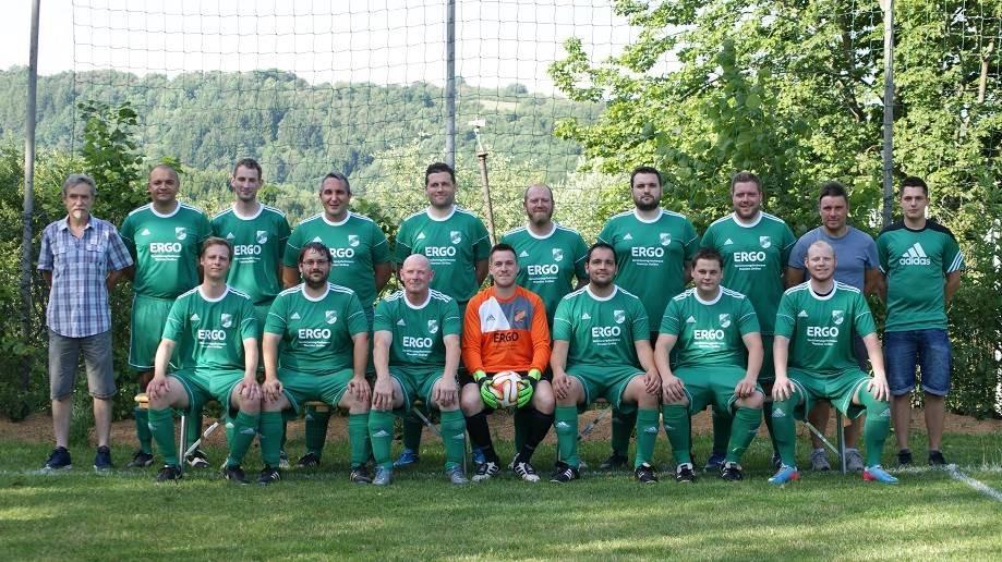 Mannschaftsfoto TuS Rötsweiler-Nockenthal 2